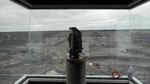 Hệ thống quan trắc Trimble Monitoring trong khai thác mỏ, đập