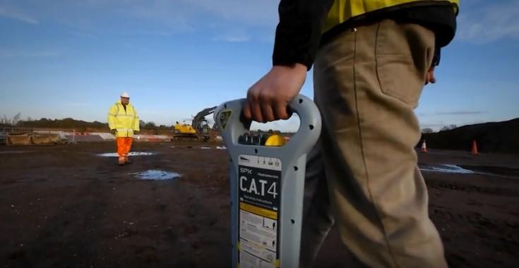 Máy dò cáp ngầm C.A.T 4 hãng Radiodetection